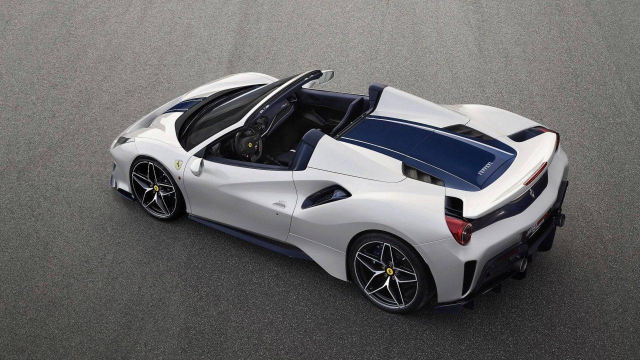 Ferrari 50. Üstü Açılır Modeli Olan 488 Pista Spider FenaGeliyor