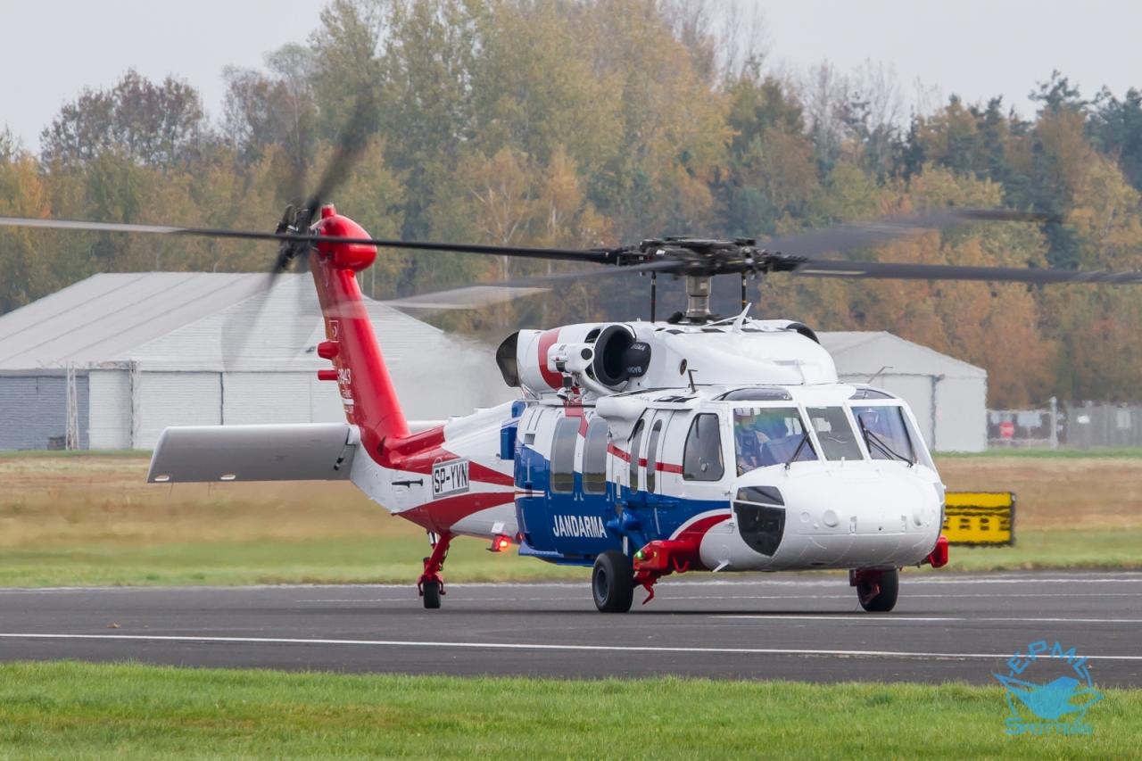 Jandarma Genel Komutanlığı için üretilen S-70i Polonya'da test uçuşlarınabaşladı