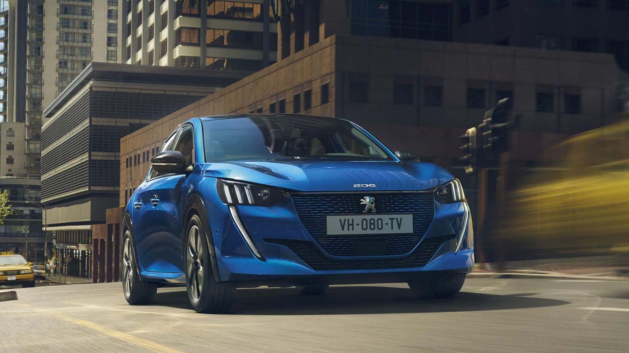 İşte Karşınızda Yenilen Peugeot 208 ve ElektrikliModeli
